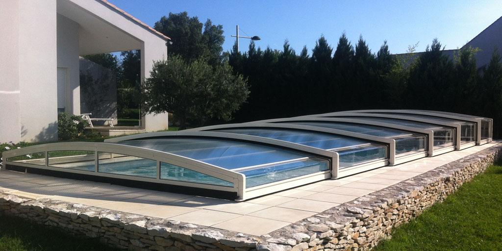 Jardin et maison votre magazine d co et entretien de for Abri bas piscine