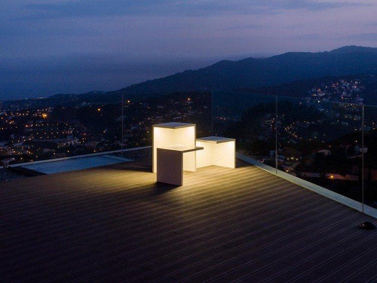 luminaire jardin EMPTY Vibia mobilier béton terrasse